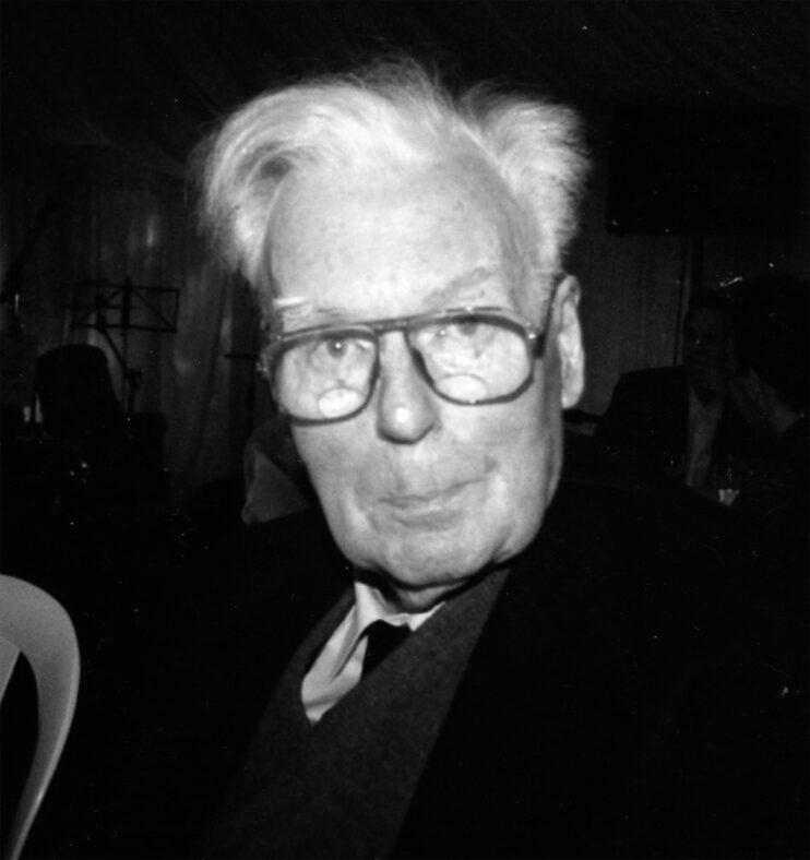 Norris Davidson   Simon Curthoys