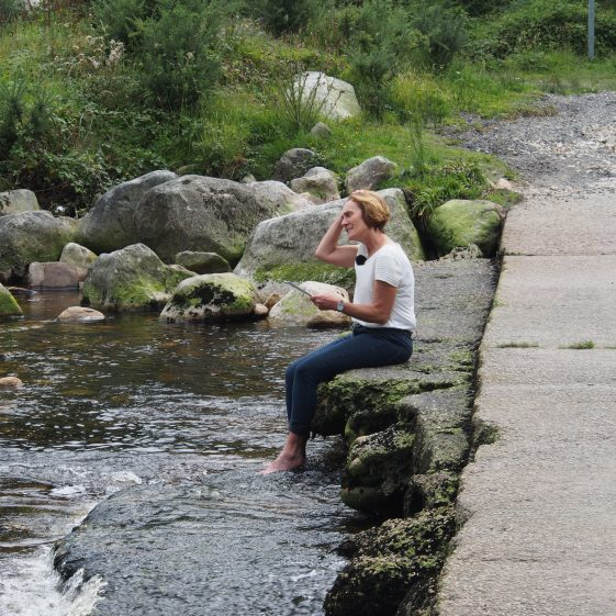 Jane Clarke reciting her poetry at Baravore Bridge | Joan Kavanagh