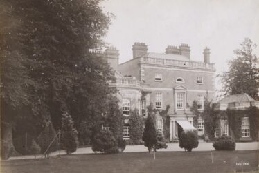 Clermont House, 1908 | Photo: Courtesy of Mr. Bill Somerville