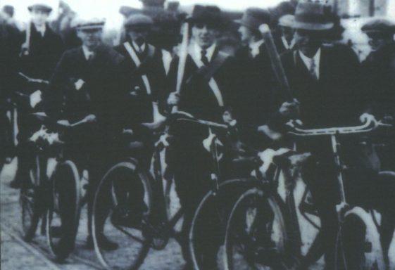 Photograph of Irish Volunteers on Their Way to Howth Gun Running