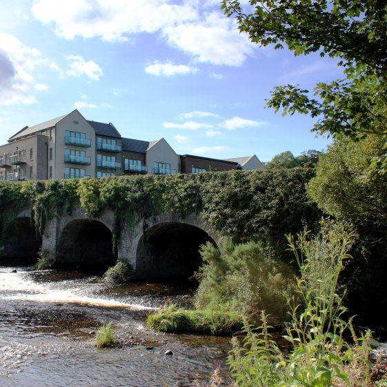 Bridge over Avonmore | PURE Mile
