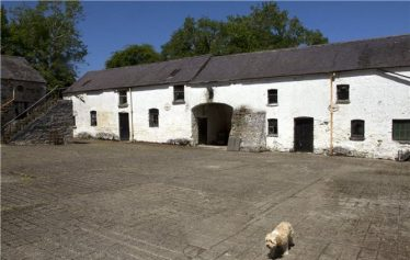 Stables at Mount John | myhome.ie