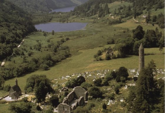 Glendalough and its Churches  (Archaeology Ireland Heritage Guide No. 72 - March 2016)