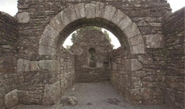 Chancel Arch of Trinity Church | Courtesy of Con Manning, Archaeology Ireland and Wordwell Publishing