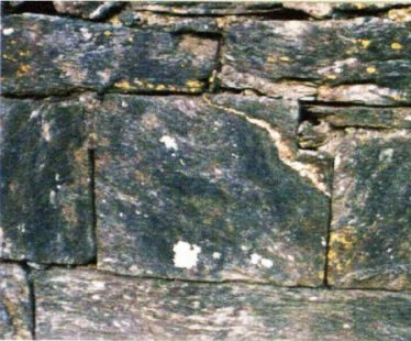 4. A notched stone serving no purpose in its present position (C. Manning).   Courtesy of Con Manning & Wordwell Publishing