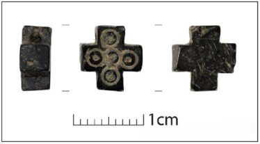 Fig. 9 - Jet cross from Glendalough